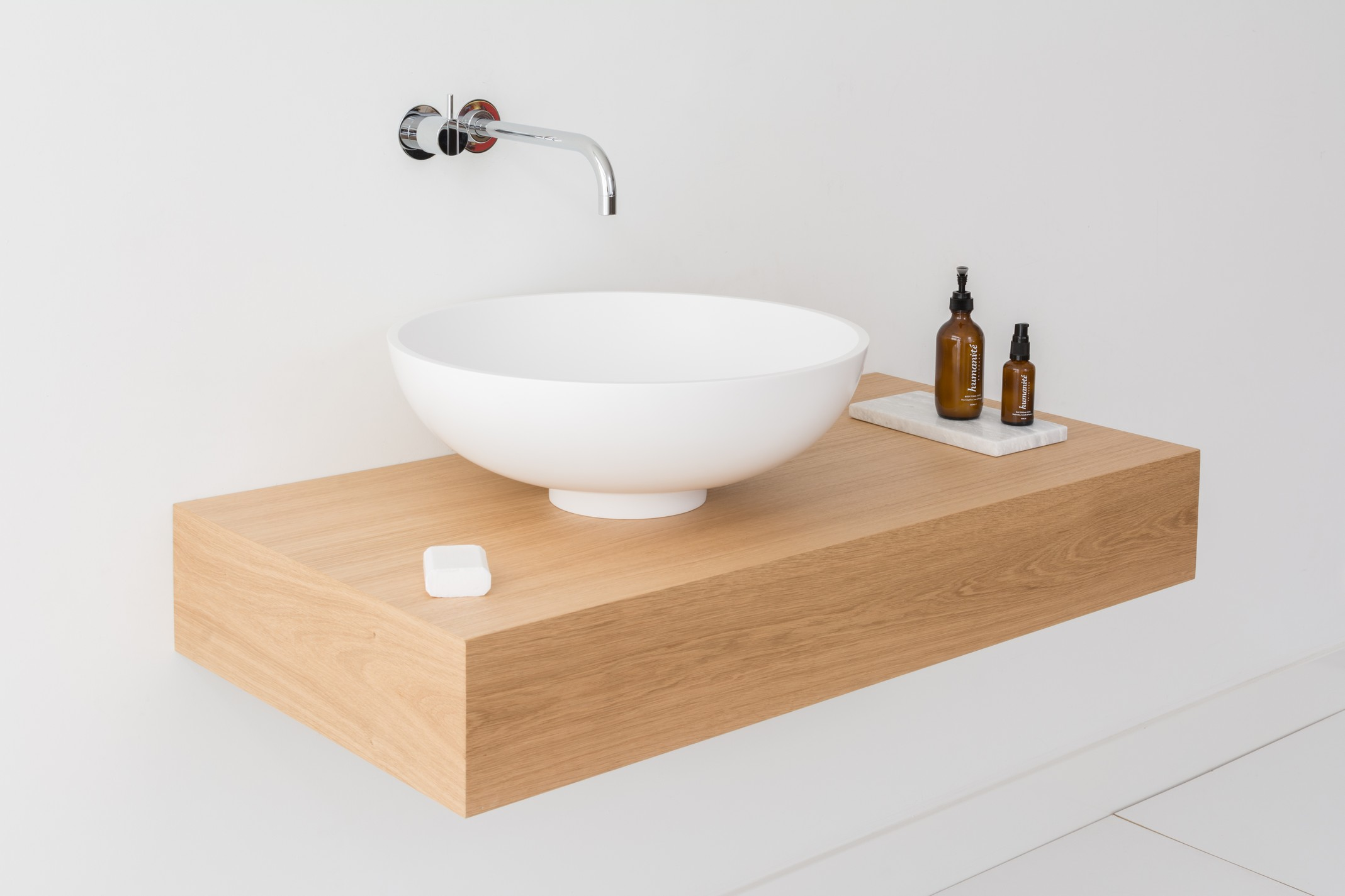 Flat • Bathroom Accessories • Not Only White